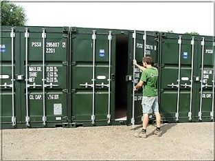 SECURE STORAGE CONTAINER TO RENT – WIMBORNE