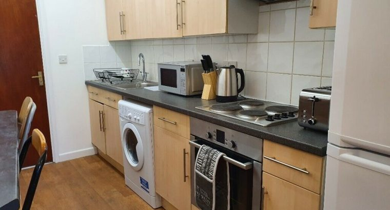 Nice Double Rooms Available in Bournemouth Town centre