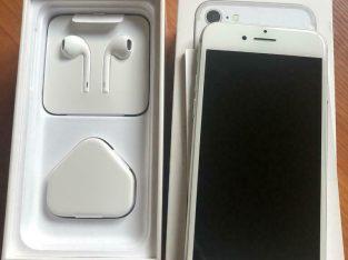 Apple iPhone 7 Silver 32GB ***BRAND NEW***UNLOCKED***