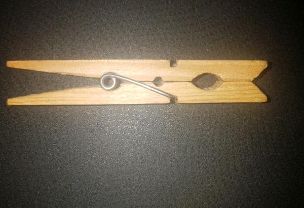 Lucky wooden peg