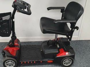 LIKE NEW DRIVE STYLE PLUS MOBILITY SCOOTER
