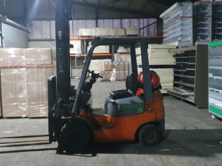 Gas Fork lift