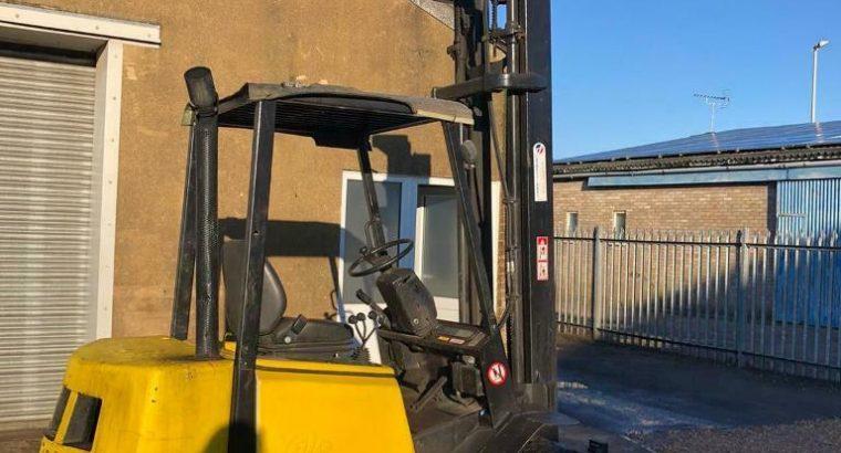 2.5 tonne Yale diesel forklift truck
