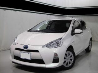 toyota aqua white for sale