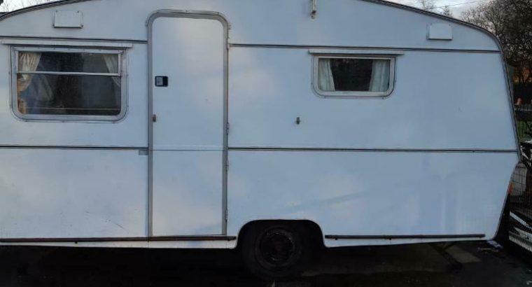Thompson caravan, 4 berth, 1972, 15ft