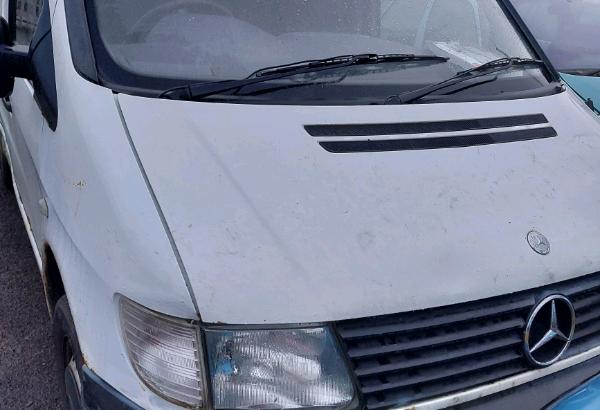 BREAKING Mercedes Vito 2.2cdi, 2001reg,Vehicle