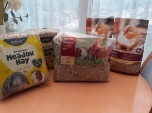 Guinea Pig Nuggets , Hay & Bedding