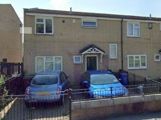 3 bed rooms end of terrace for sale
