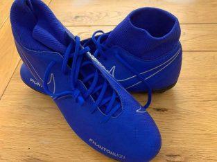 £40 Brand new Phantom vsn football boots UK size 9