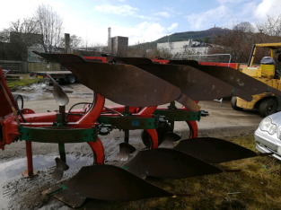 Kverneland 3 Furrow Reversible Plough