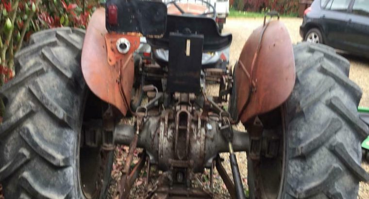 Massey ferguson tractor 65 mk 11 approx 1964