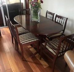 Table and chairs £100 ONO