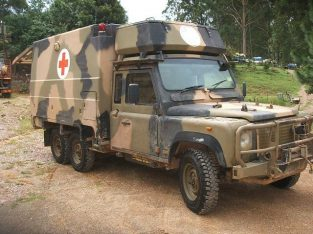 land rover 6×6 perentie defender 110 ambulance