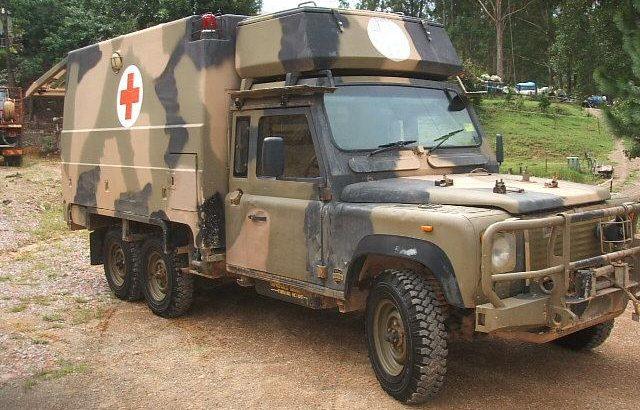 land rover 6×6 perentie defender 110 ambulance