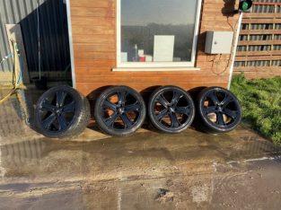 """20"""" Range Rover sport alloys"""