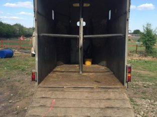 Richardson ultra supreme 3 horse trailer £2000 ovno