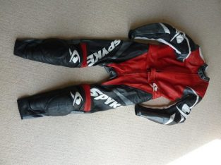 Spyke Ladies Motorcycle 2 piece Leathers Size 12/14