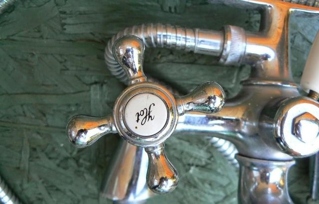 Victorian Bath taps £40 ono
