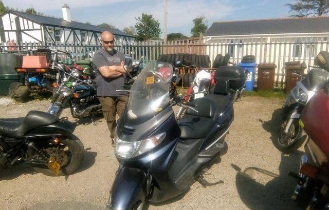 maxi scooter suzuki burgman 400 £1450 OVNO
