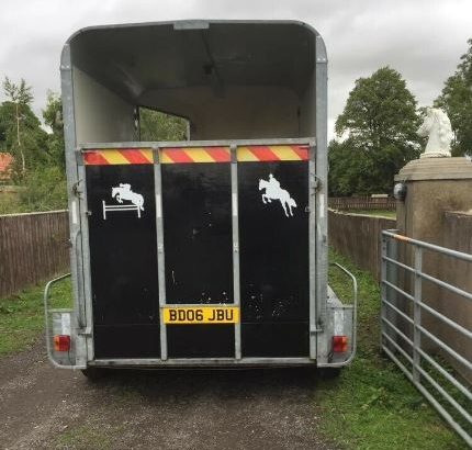 Bateson horse box trailer