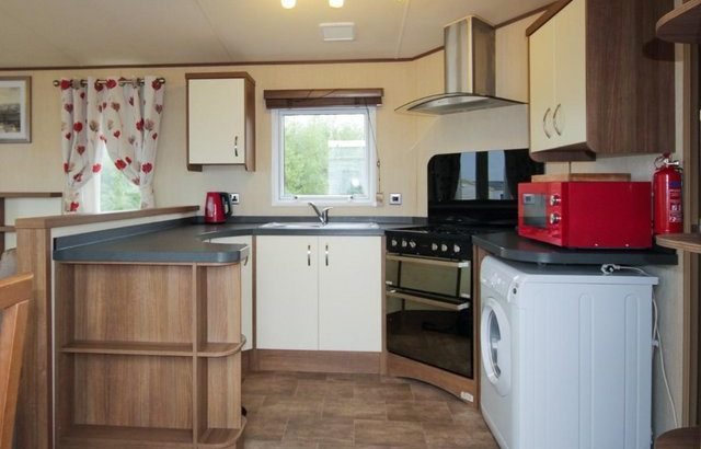 ABI Alderley 2013 with 3 bedrooms and DG/CH at Allhallows, K