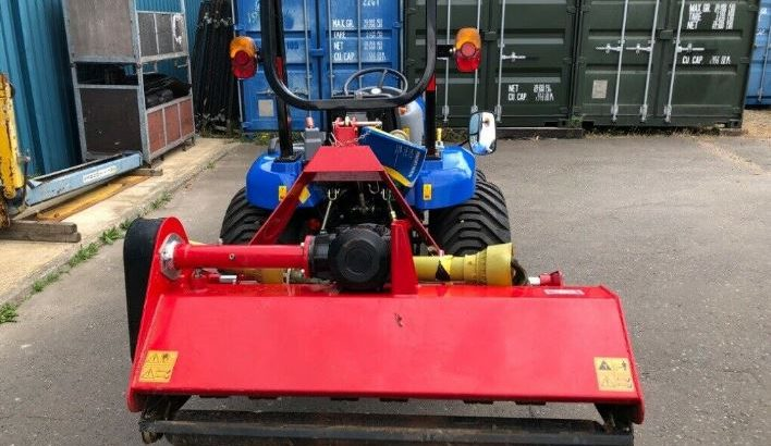 NEW HOLLAND BOOMER,27HP,GENUINE 100 HOURS,IMMACULATE CONDITION,NO VAT,3 MONTHS WARRANTY