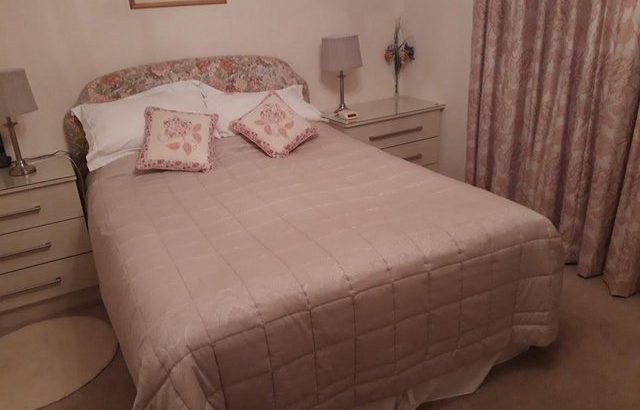 King Size Quilted Floral Headboard