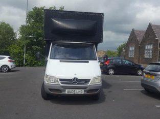 mercedes sprinter box van white & black