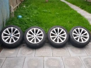 BMW SE Genuine 17″ Alloy Wheels with good tyres