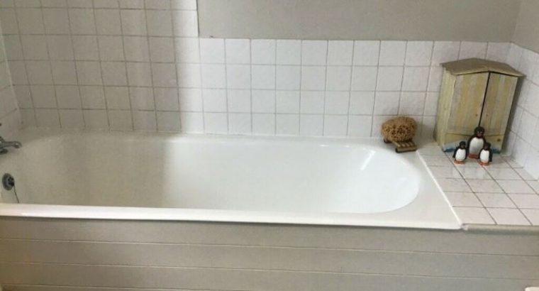 FREE BATHROOM SUITE