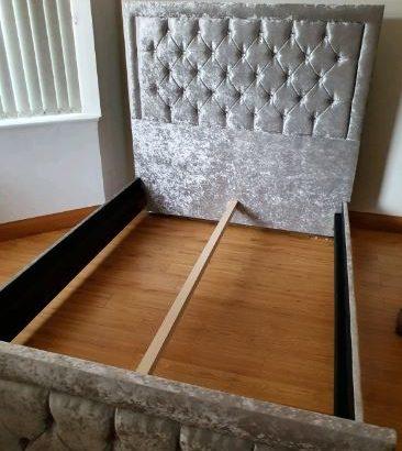 Double 4ft6 crushed velvet frame