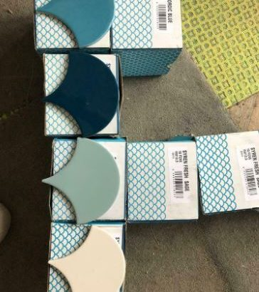 Surplus Topps Tiles Siren Bathroom Tiles – Collection Only from Croxley Green Hertfordshire
