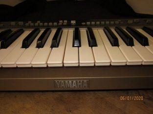 Vintage (1983) Yamaha PS55 synth Keyboard