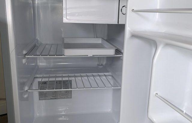 Almost new mini fridge freezer