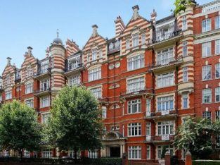 STUNNING AND SPACIOUS TWO BEDROOM FLAT IN W9 !!