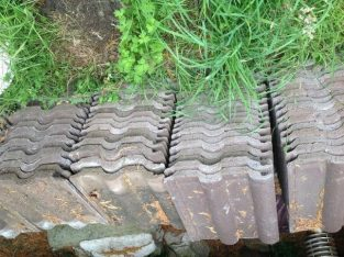 Marley roof tiles – used but excellent condition – 50p each