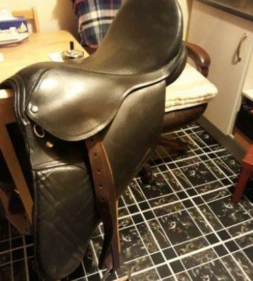 Leather horse saddle