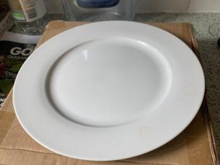Dinner Plates Unused – original box