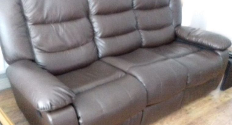 Recliner leather three seater