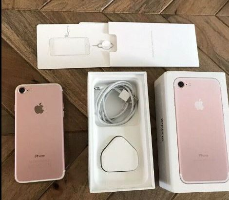 iPhone 7 Unlocked 32GB excellent condition