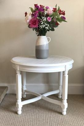 UPCYCLED WHITE COFFEE / SIDE TABLE