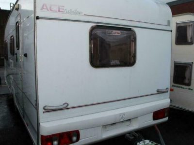 Ace Jubilee Globetrotter 2004 4 Berth Caravan £4,400