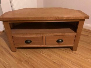 Sherbourne Oak TV stand