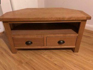 Sherbourne Oak TV stand
