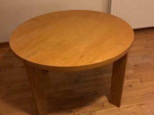 Round oak effect Kitchen / dining table 120cm in diameter