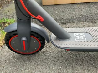 Brand New Electric Scooter – AovoPro 22mph with the App