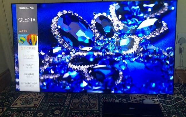Samsung QE55Q7F 55 inch 4K Ultra HD Premium HDR 1500 Smart QLED TV TV Plus FUALTY
