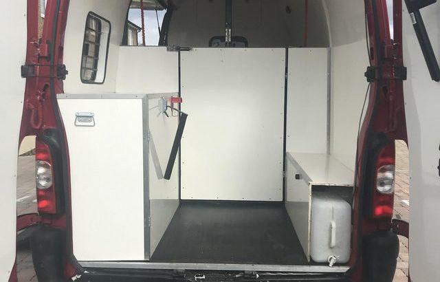 Renault master converted horsebox 3.5 ton £7000 ono