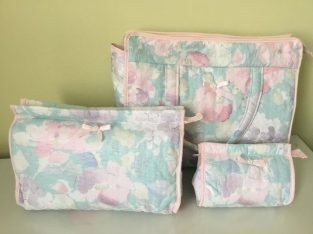 SET 3 NEW BOOTS TOILETRIES COSMETICS BAGS LARGE MEDIUM SMALL