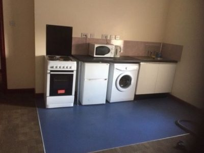 Studio on Elswick road Fully furnished £430 month Available Now
